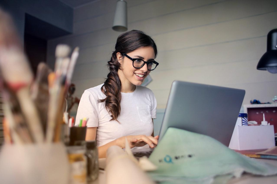 Woman startup employee